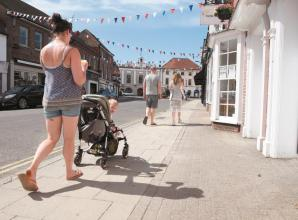Petition launched to widen Marlow town centre pavements